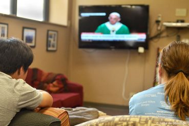 Covid-19: Horários das Missas na Televisão e Internet